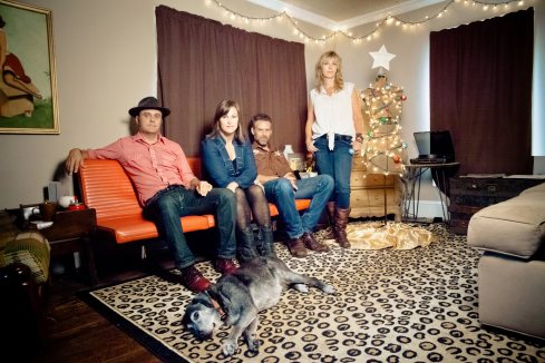 Decembersongs band pic